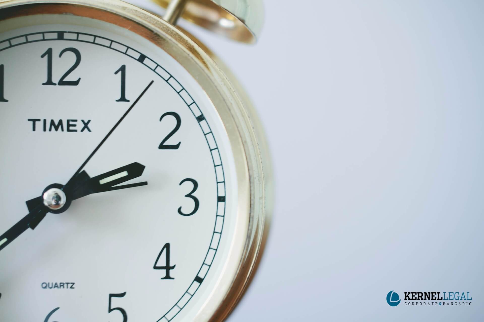 registro horario descontar salario multar trabajador retraso